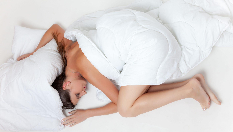 5 modalitati de a-ti asigura somnul de refacere