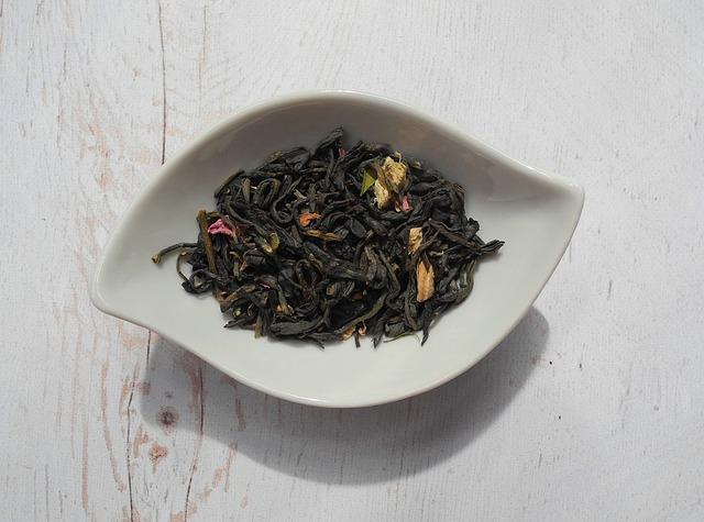 tea-leaves-2324065_640.jpg