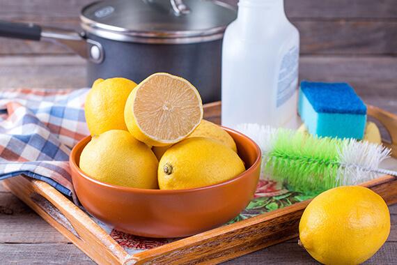 Cum sa faci in casa produse de curatat non-toxice