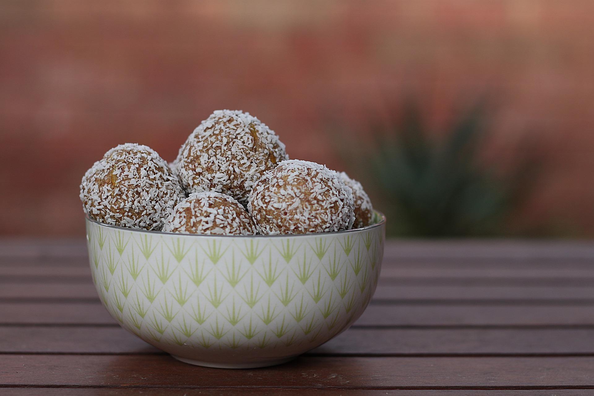 prajiturele-cu-ulei-de-cocos.jpg