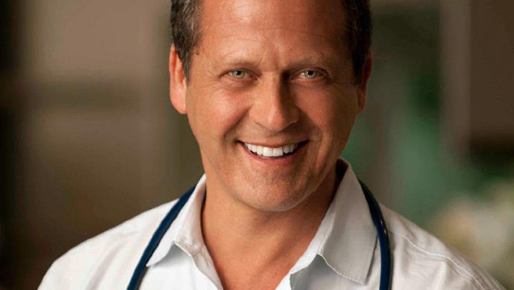 ORGANIC INDIA îi urează bun venit directorului medical, Dr. Alejandro Junger