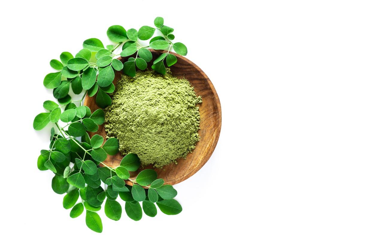 """Moringa sau """"Arborele vieții"""", multivitamine într-o plantă extraordinară"""