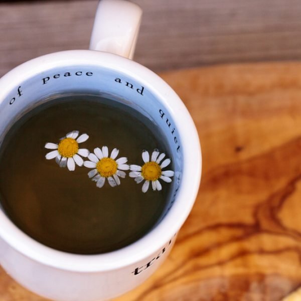 Ceaiul somnifer natural care te ajuta sa dormi bine. Tulsi Sleep si noapte buna