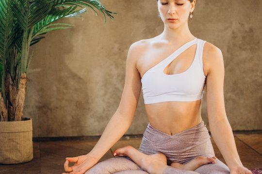Cinci poziții yoga pentru reducerea stresului